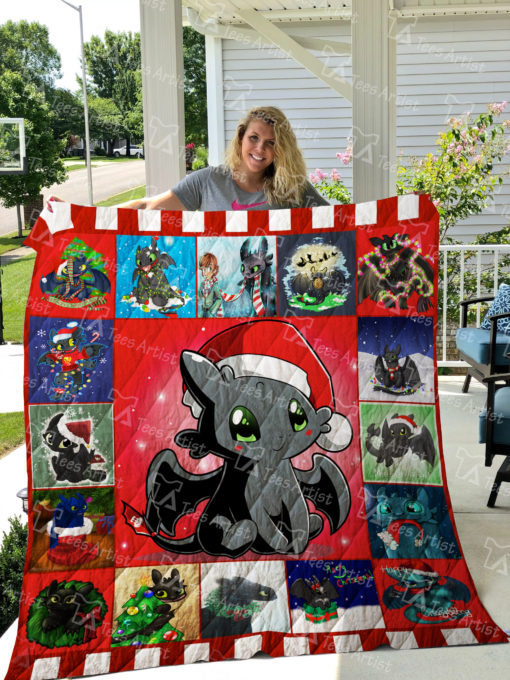 Toothless Xmas Quilt Blanket 01930