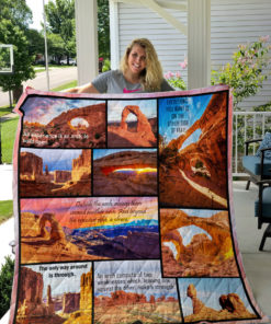 Arches National Park Style 2 Quilt Blanket