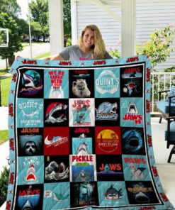 Jaws Quilt Blanket 02724
